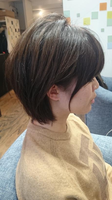 サイドの髪